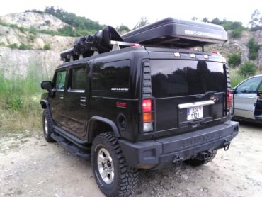 uvodni_foto_nerezove_expedicni_ramy_offroad_hummer_h2_